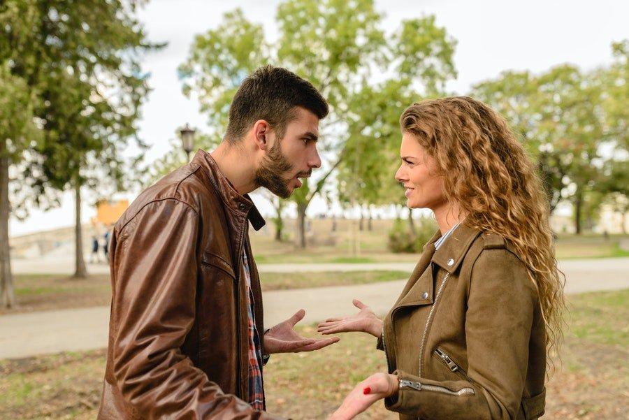 szantaż emocjonalny w związku